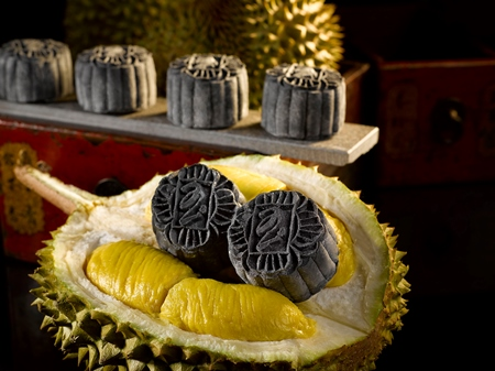 100% PURE Premium POSH Penang Black Gold Durian Snow-skin Mooncake (with an extra bitter-sweet, pungent and fibrous bite). Box of 2 (UP S$70nett)