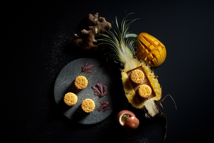19 PJ NEW ANANAS de la PASSION Pineapple, Mango, Passionfruit & White Chocolate on Ginger Citrus Shortbread $78.00nett for 8 pcs (mini).JPG