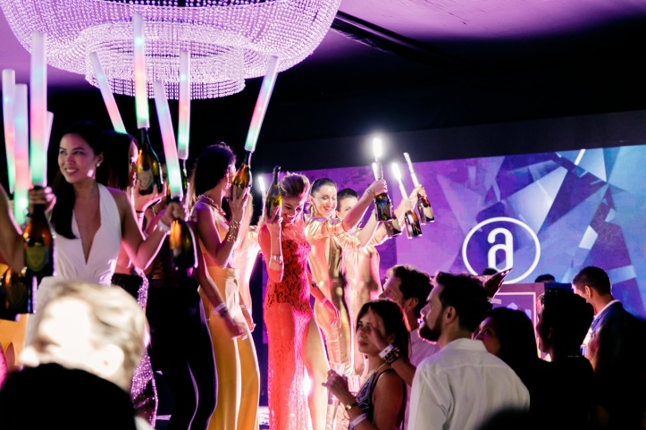 Amber Lounge Singapore - Party atmosphere (5)